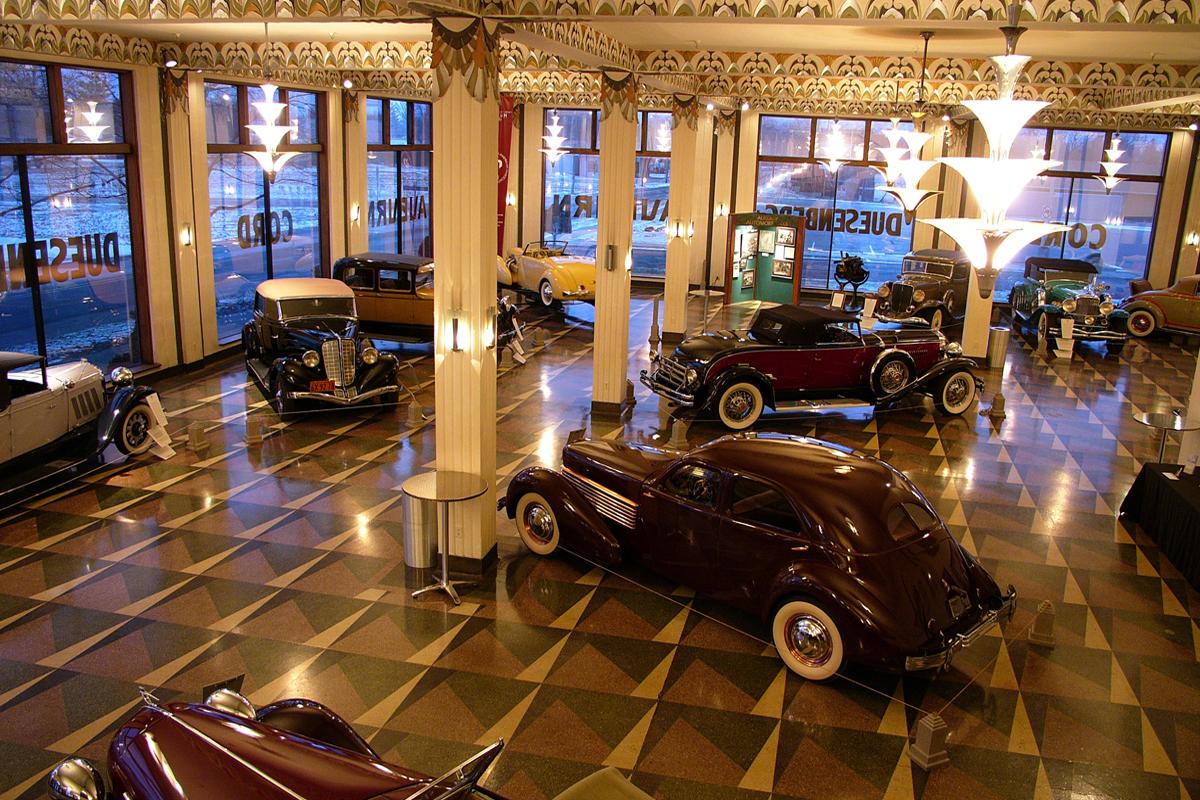 auburn-cord-duesenberg-showroom-museum-indiana
