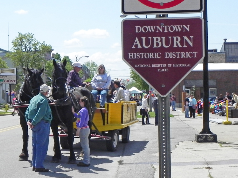 discovering-historic-auburn-tours-indiana