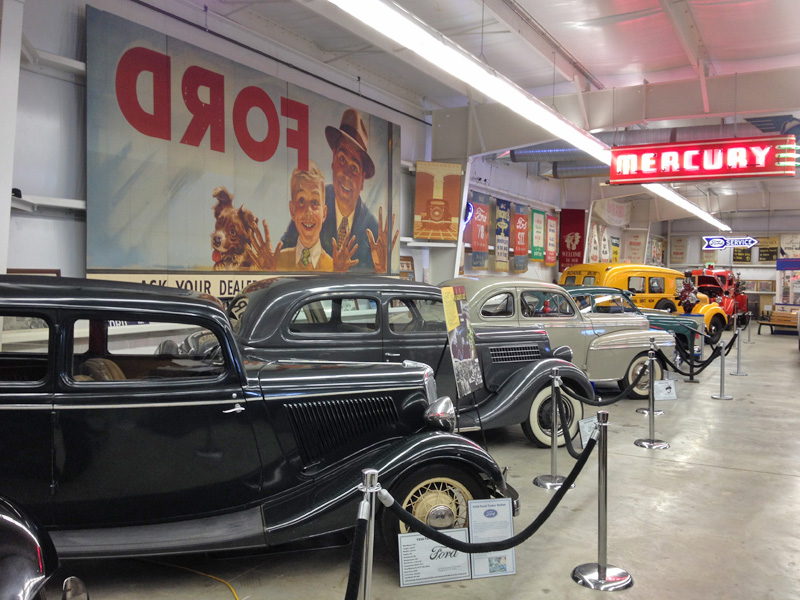 early-ford-v8-museum-lineup-mural-auburn