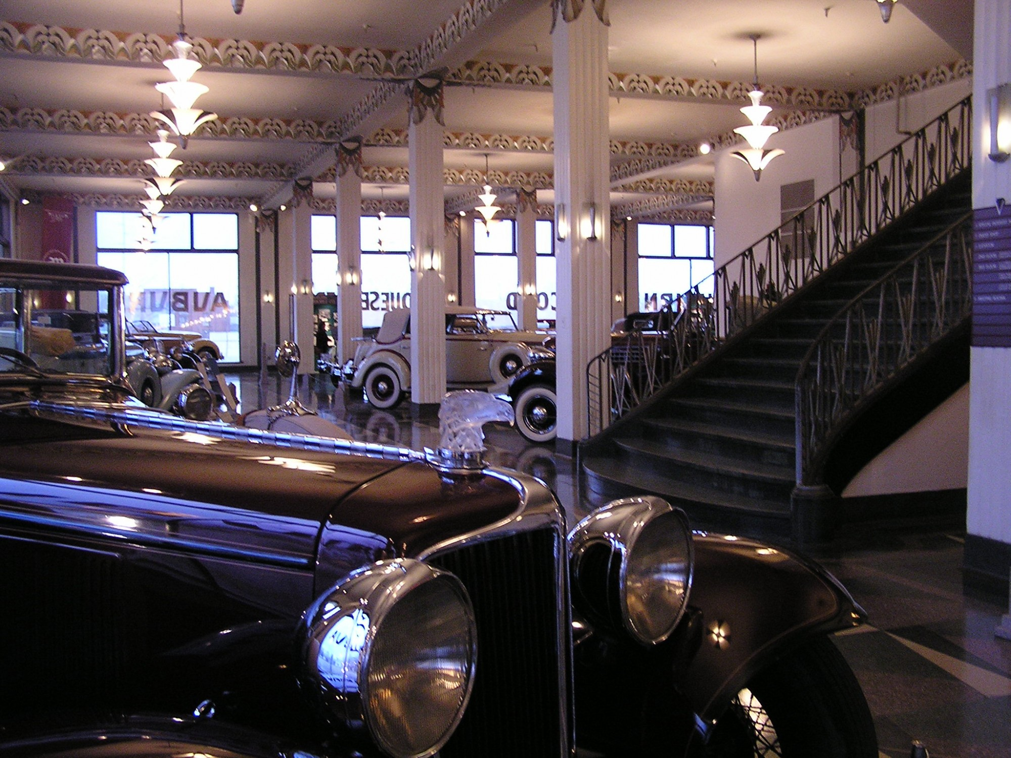 auburn-cord-duesenberg-museum-showroom-hood-ornament-stairs-indiana