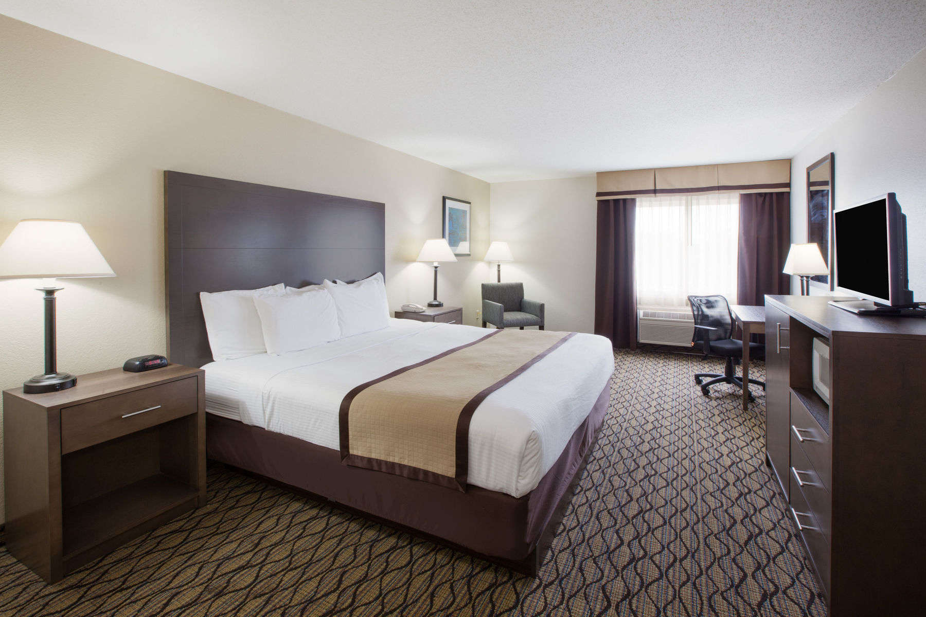 guest-room-hotels-auburn-indiana