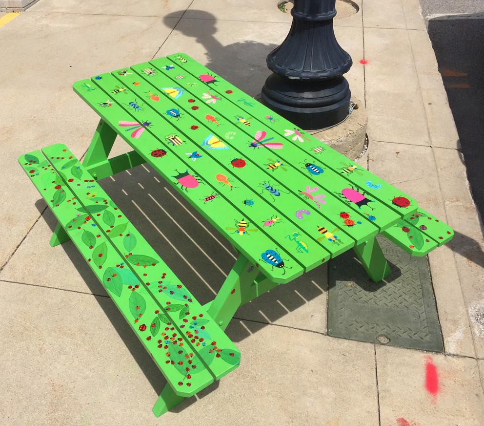 Eccentric summer picnic bugs